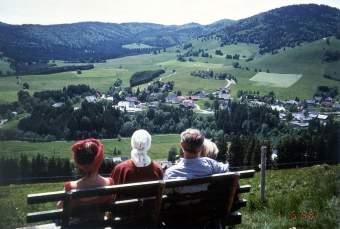 schwarzwald ferienhaus mit gro em garten in bernau im schwarzwald. Black Bedroom Furniture Sets. Home Design Ideas